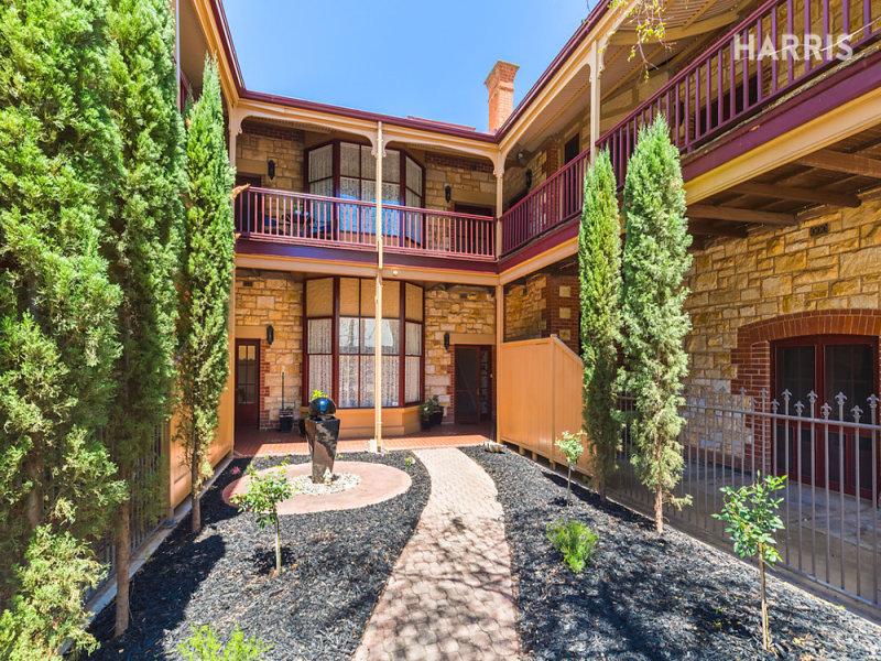 104 Barton Terrace West, North Adelaide, SA 5006