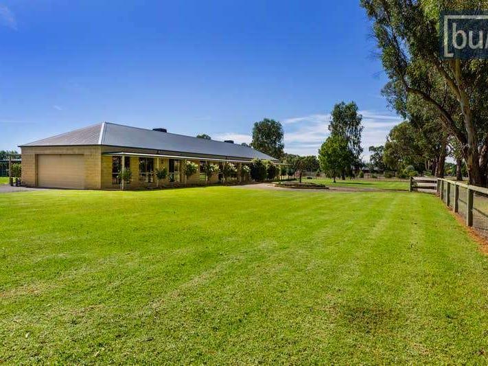 141-149 Jude St, Howlong, NSW 2643