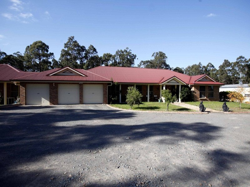 33 Woodlands Avenue, Thornton, NSW 2322