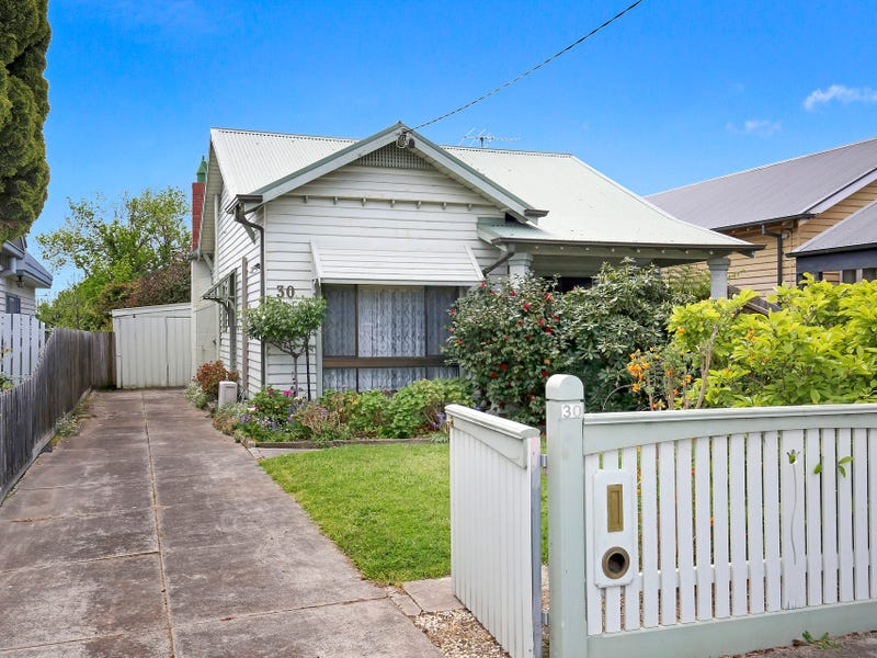 30 Kenilworth Street, Reservoir, Vic 3073