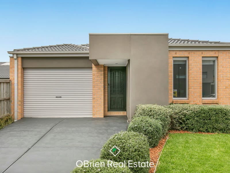 3 Paxford Drive, Cranbourne North, Vic 3977