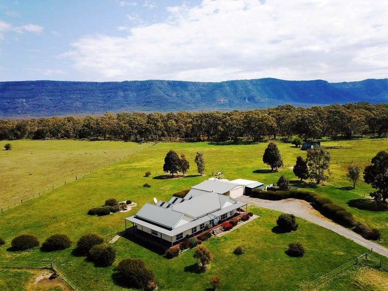 221 Fyans Creek Road, Halls Gap, Vic 3381
