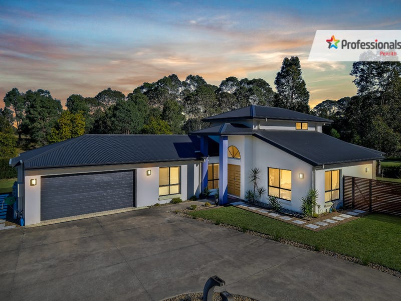 6  Doral Grove, Luddenham, NSW 2745