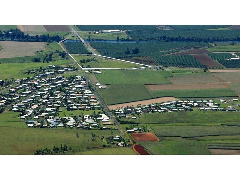 1 Bruce Highway, Belvedere, Qld 4860