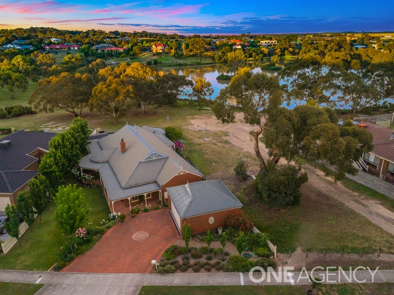 64 Aldridge Drive, Sunbury, Vic 3429