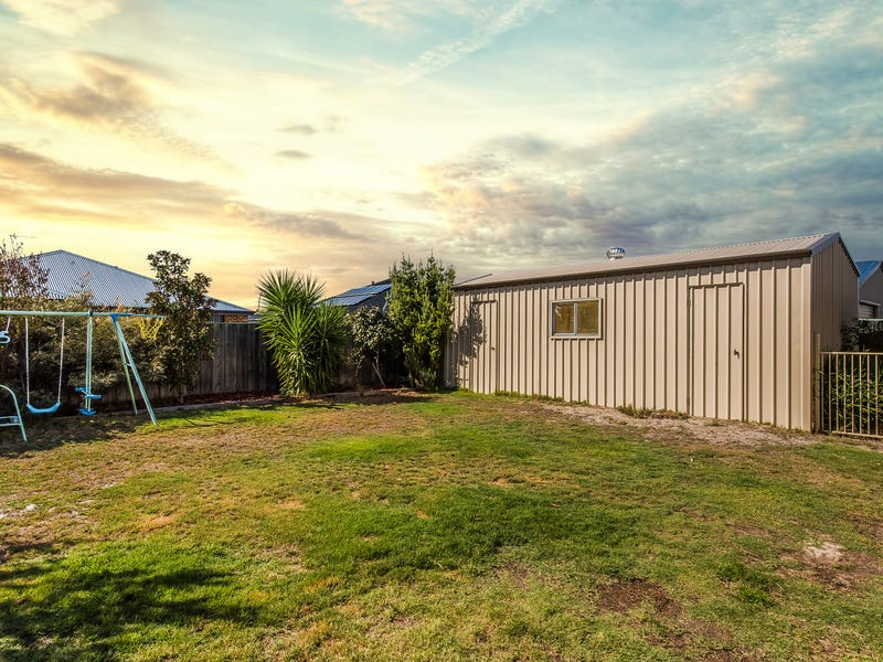 129 Macquarie Drive, Australind, WA 6233