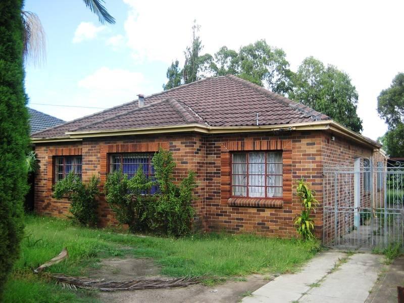 38 Macauley Ave, Bankstown, NSW 2200