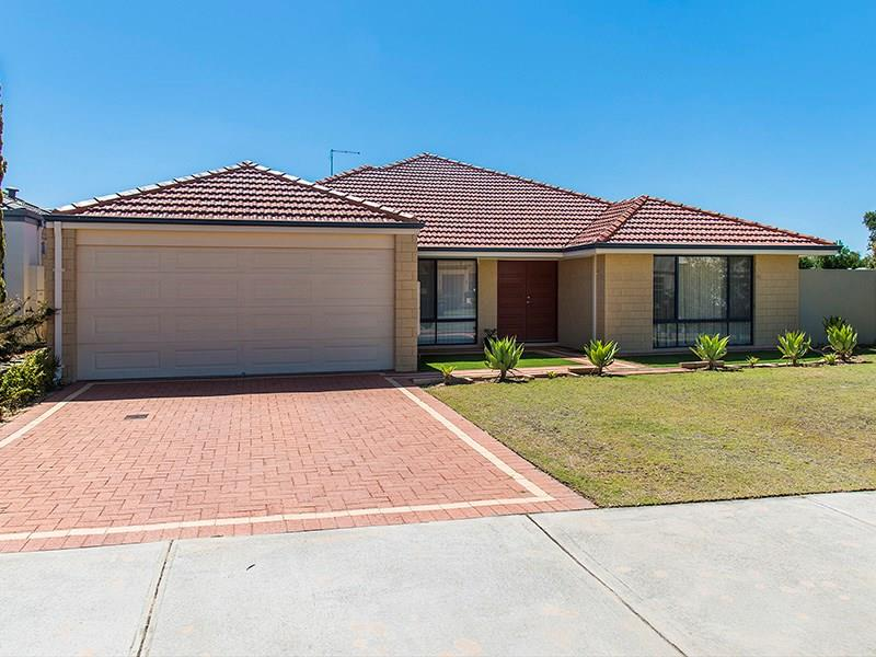 125 Roxburghe Drive, The Vines