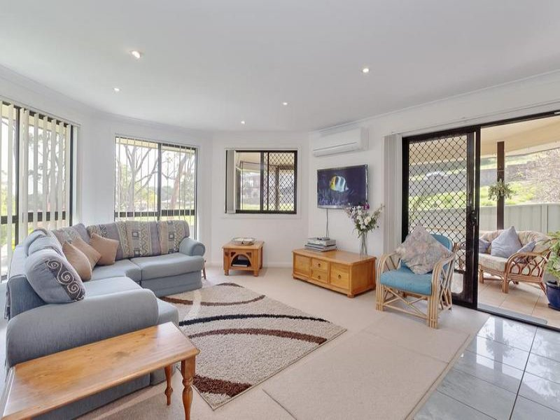 4/47a Auklet Road, Mount Hutton, NSW 2290