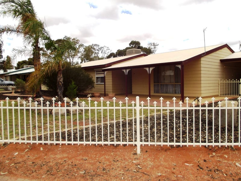 34 Pioneer Drive, Roxby Downs, SA 5725