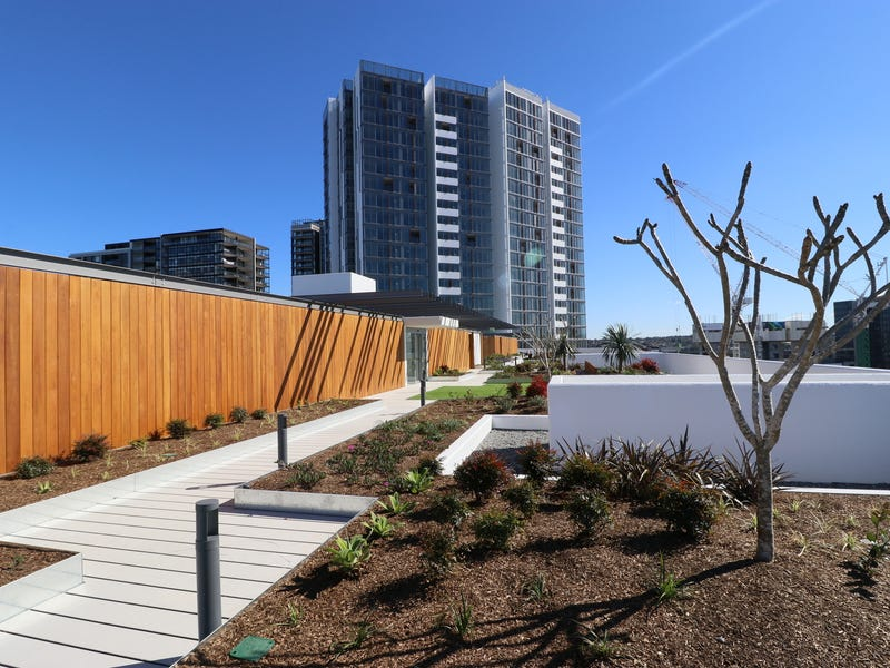 C3. 304/3 Foreshore Place, Wentworth Point