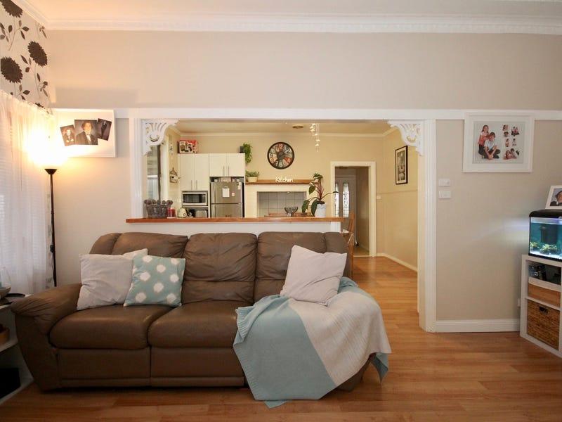 8 Witton Street, Longwarry, Vic 3816