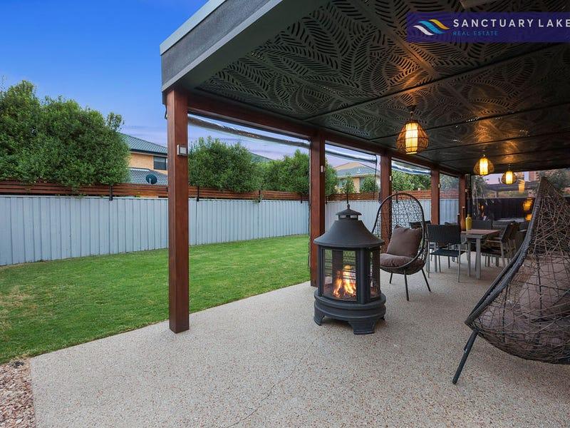 36 Half Moon Terrace, Sanctuary Lakes, Vic 3030