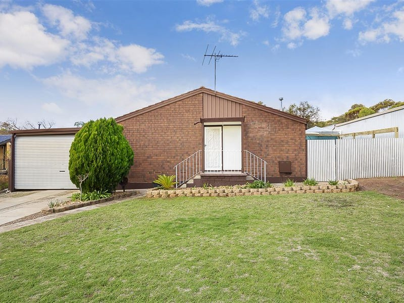 11 Hawker Crescent, Elizabeth East, SA 5112