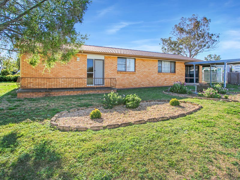 17 Damar Avenue, Kootingal, NSW 2352