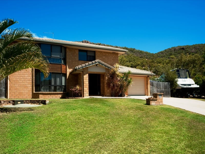 111 Gloucester Avenue, Hideaway Bay, Qld 4800