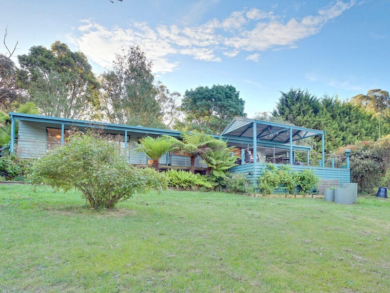 32 Coopers Road, Macclesfield, Vic 3782