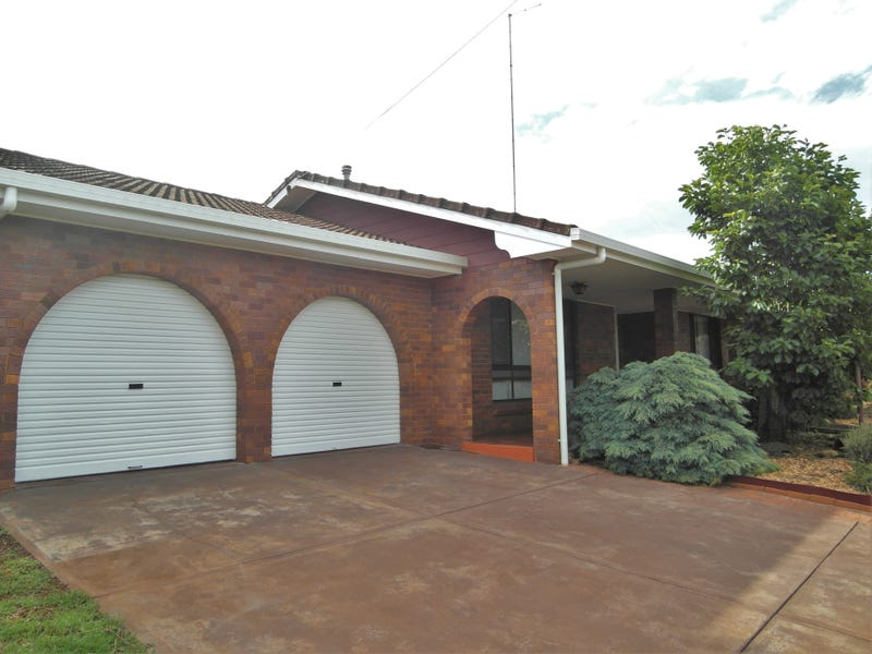 3 Cullen Court, Rockville, Qld 4350