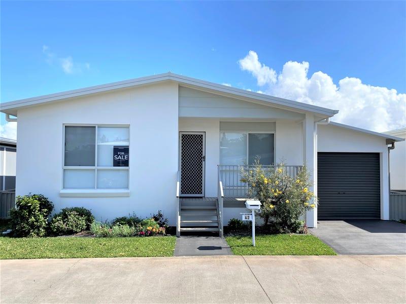 42/1A Lincoln Road, Port Macquarie, NSW 2444