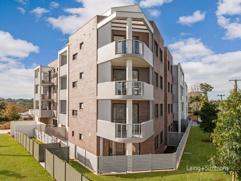 319-323 Peats Ferry Road, Asquith