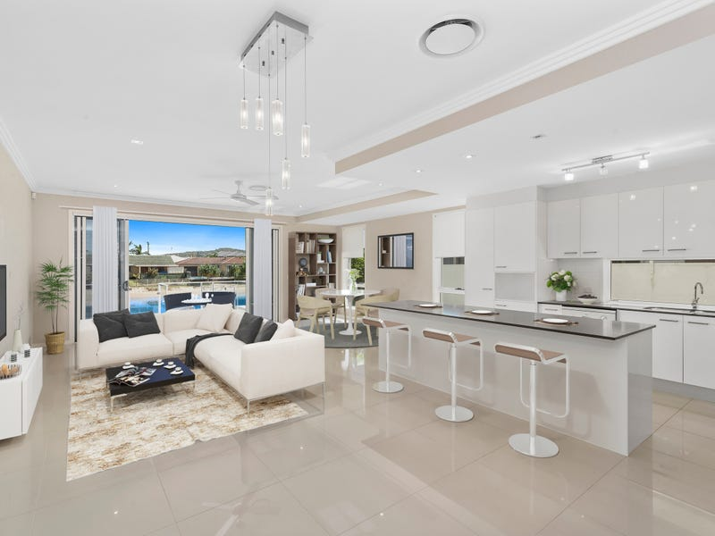 9B Barracuda Court, Palm Beach