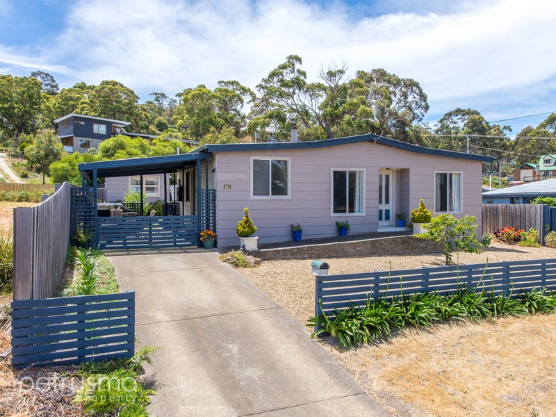 242 Carlton River Road, Carlton, Tas 7173
