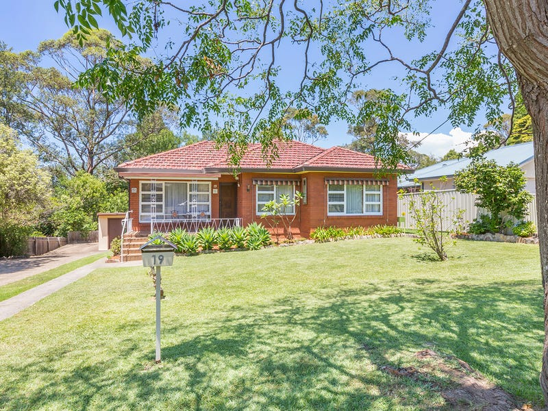 19 Chaseling Avenue, Springwood, NSW 2777