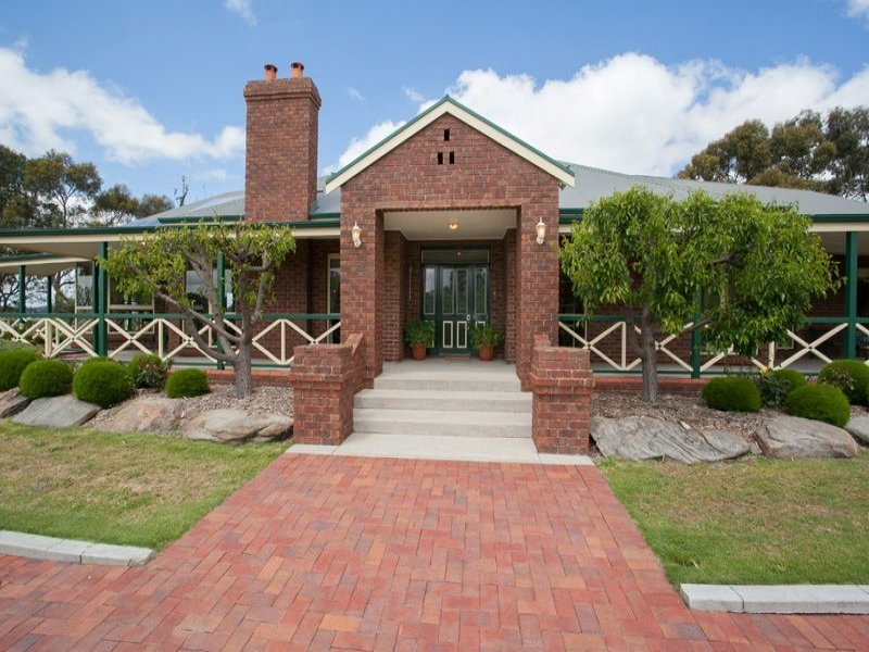 35 Range Road North, Upper Hermitage, SA 5131
