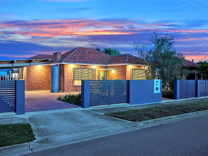 7 Fourth Avenue, Seaton, SA 5023