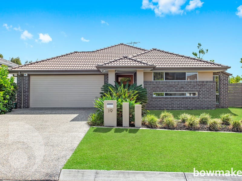 19 Menara Circuit, North Lakes, Qld 4509