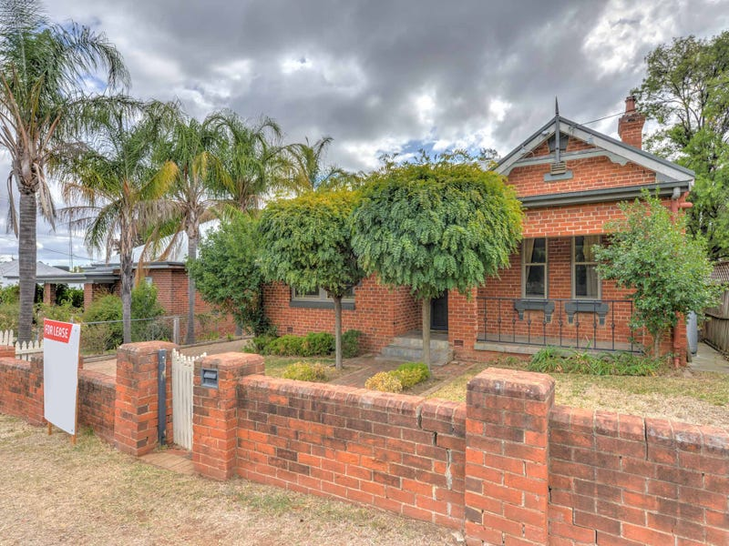 52 Roderick Street, Tamworth, NSW 2340