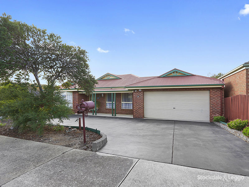 10 Shiraz Drive, Waurn Ponds, Vic 3216