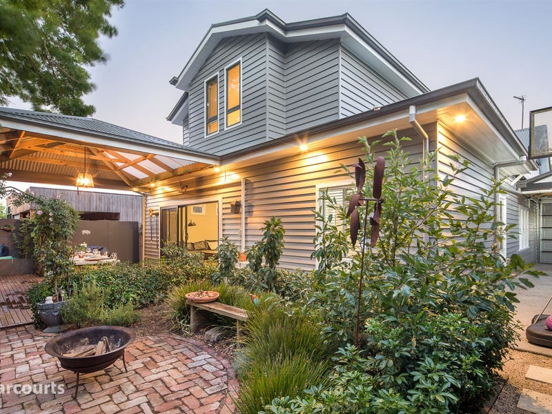 807 Ligar Street, Soldiers Hill, Vic 3350