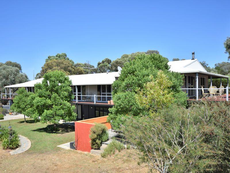 763 Karoopa Lane via COWRA &, Young, NSW 2594