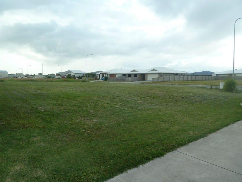 1 Farming Road, Ooralea, Qld 4740