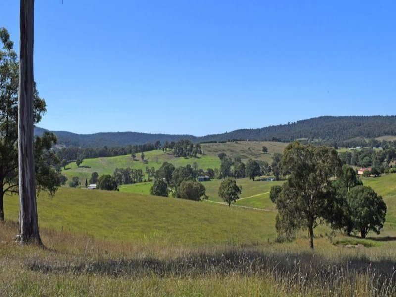 325 & 365 Waterholes Road, Clifton Creek, Vic 3875