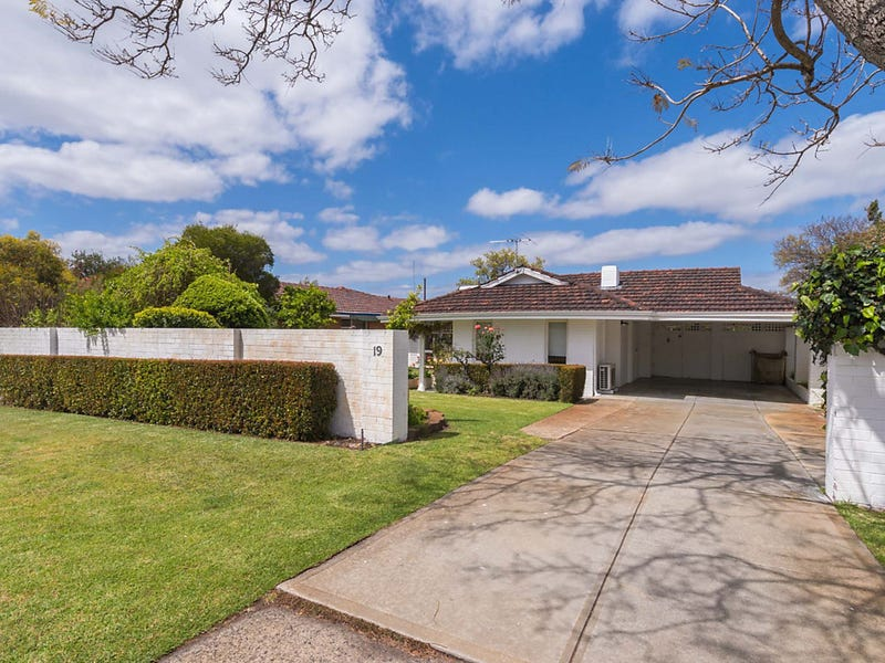 19 Barrisdale Road, Ardross, WA 6153