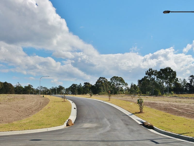 24 Alata Crescent, South Nowra, NSW 2541
