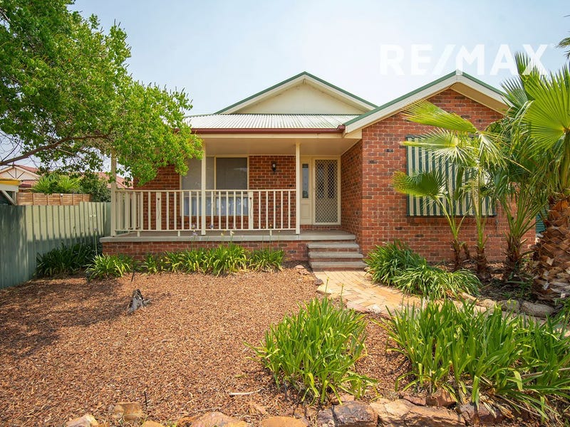 9 Malebo Place, Tatton, NSW 2650