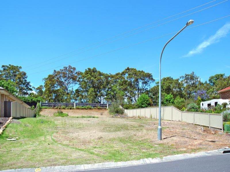 35 Warrigal Street, Nowra, NSW 2541