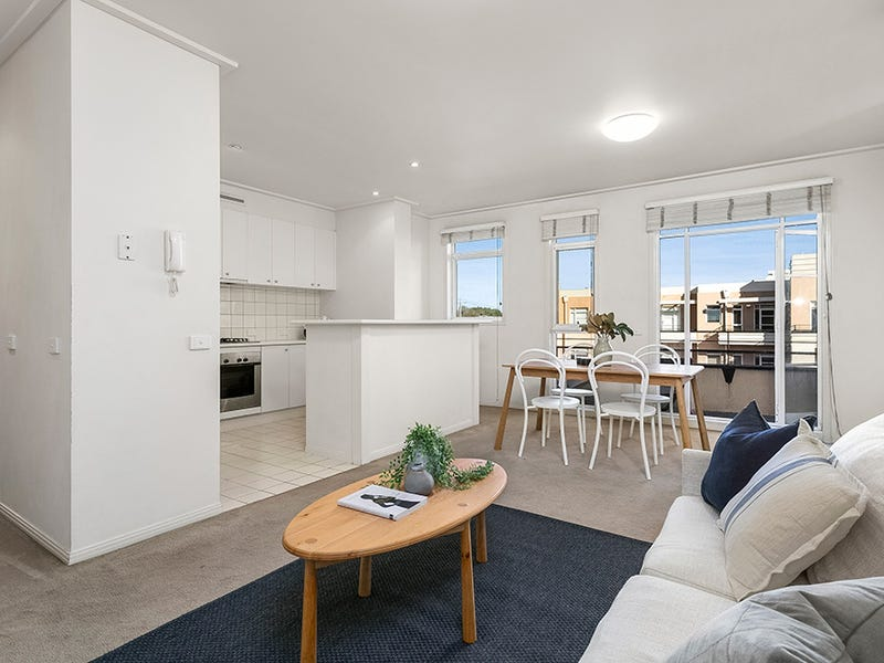 11/2 Seisman Place, Port Melbourne, Vic 3207