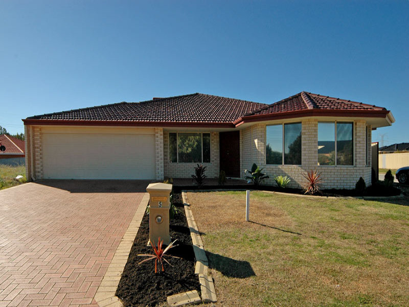 5 Fountain Terrace, Beechboro, WA 6063