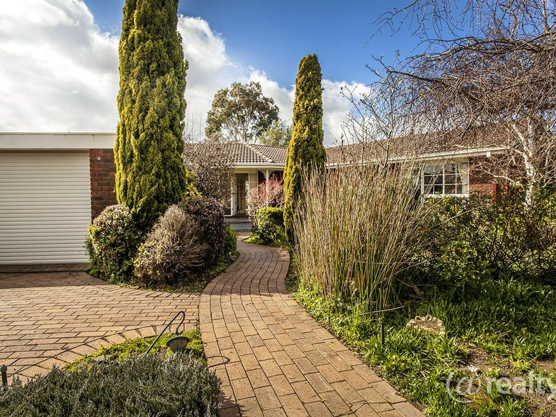 19 Murray Crescent, Rowville, Vic 3178