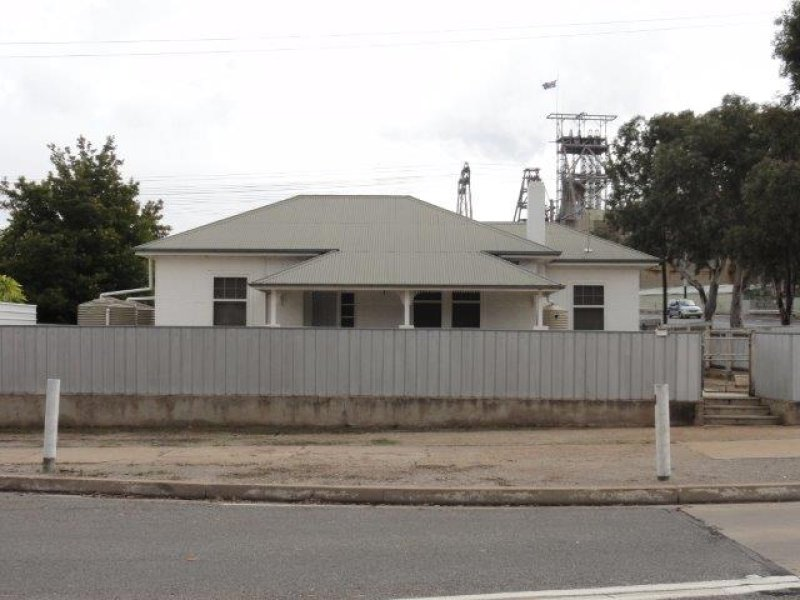 82 Eyre Street, Broken Hill, NSW 2880