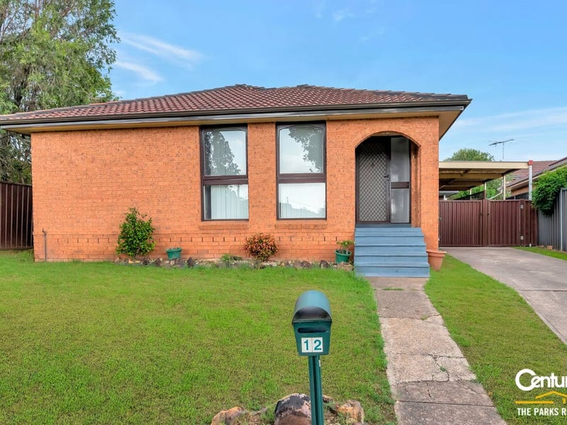 12 Lawley Street, Bossley Park, NSW 2176