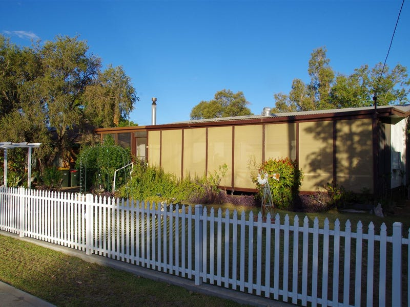 46 Rose Street, Wee Waa, NSW 2388