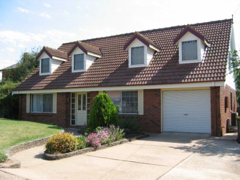 293 Lambert Street, Bathurst, NSW 2795