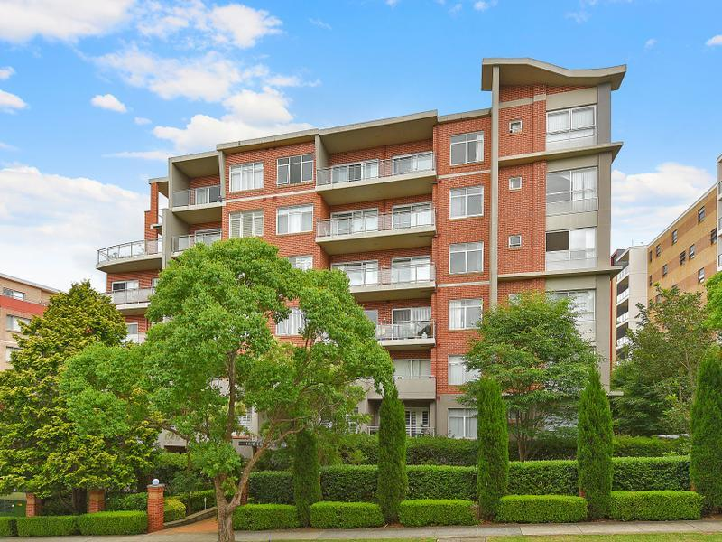 7/14-18 College Crescent, Hornsby