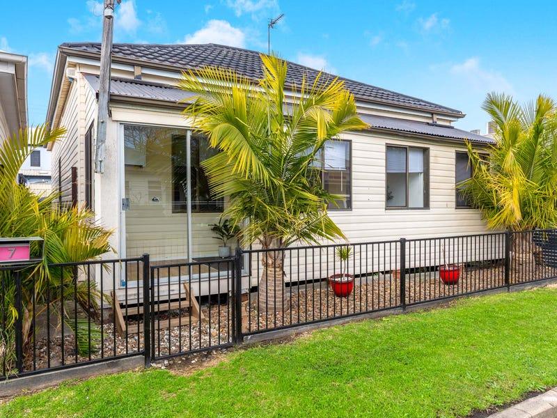 7 Lott Street, Maryville, NSW 2293