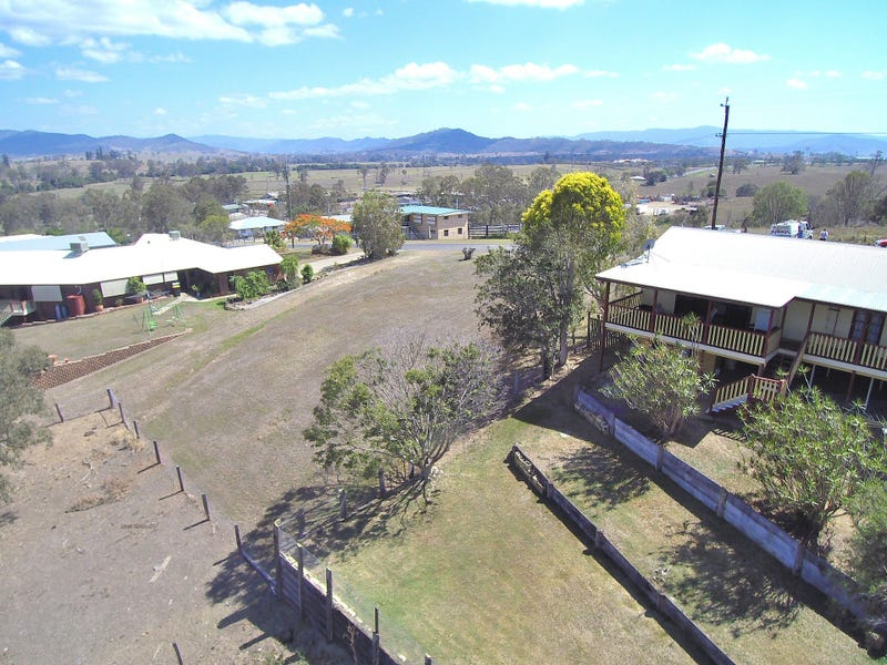 36 Saleyard Road, Kilcoy, Qld 4515
